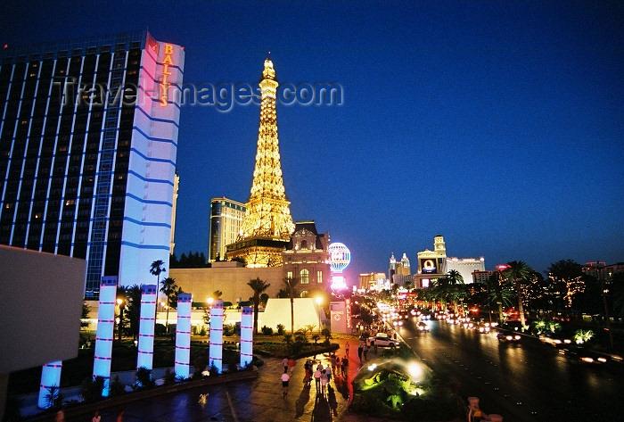 usa477: Las Vegas (Nevada): Ballys and Hotel Paris (photo by G.Friedman) - (c) Travel-Images.com - Stock Photography agency - Image Bank