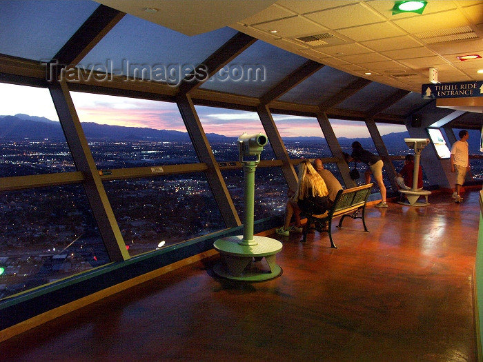 usa485: Las Vegas (Nevada): viewing platform (photo by G.Friedman) - (c) Travel-Images.com - Stock Photography agency - Image Bank