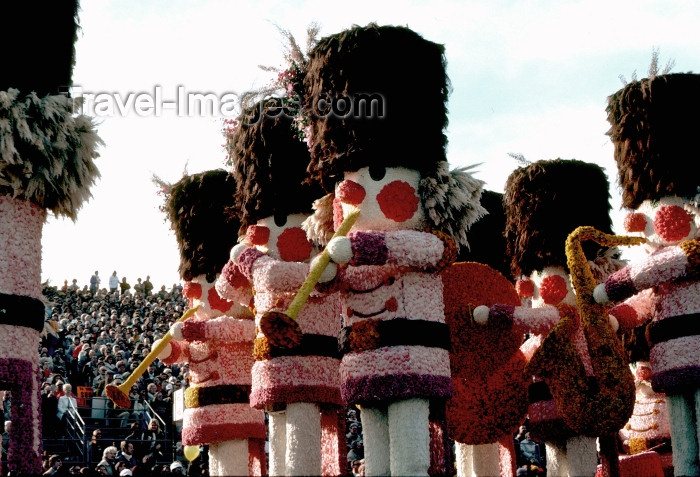 usa492: Los Angeles (California): Rose parade - Photo by G.Friedman - (c) Travel-Images.com - Stock Photography agency - Image Bank