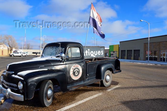 Dumas, Moore County, Texas, USA: 1952 International