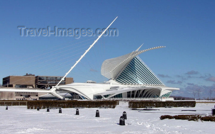 usa528: Milwaukee, Wisconsin, USA: Milwaukee Art Museum - Lake Front - architecture by Santiago Calatrava - photo by G.Frysinger - (c) Travel-Images.com - Stock Photography agency - Image Bank