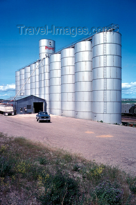 usa585: USA - Montana: wheat silo - Peavey - cereals - agriculture - photo by J.Fekete - (c) Travel-Images.com - Stock Photography agency - Image Bank