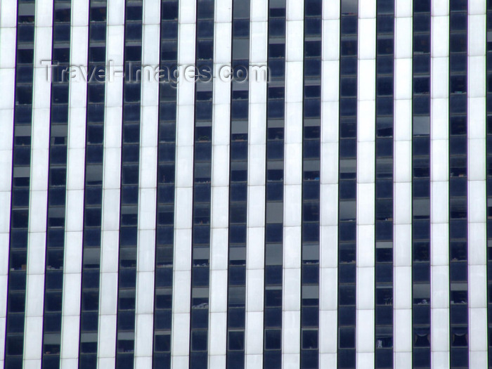 usa628: Manhattan (New York City): stripes and no stars - building façade - photo by M.Bergsma - (c) Travel-Images.com - Stock Photography agency - Image Bank