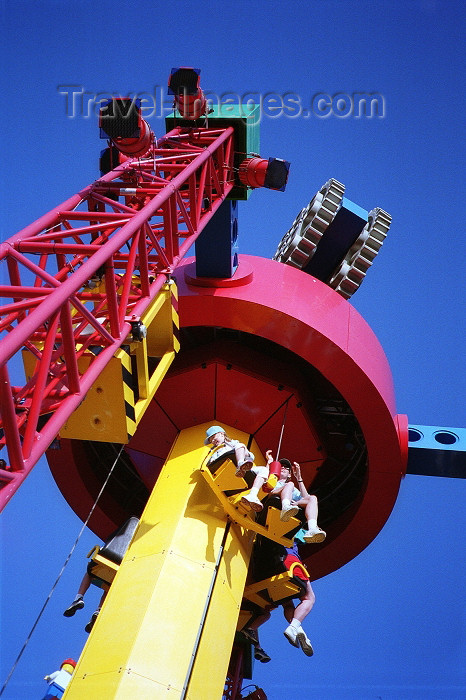 usa76: Carlsbad (California): Legoland - tower - amusement park - San Diego county - photo by G.Friedman - (c) Travel-Images.com - Stock Photography agency - Image Bank