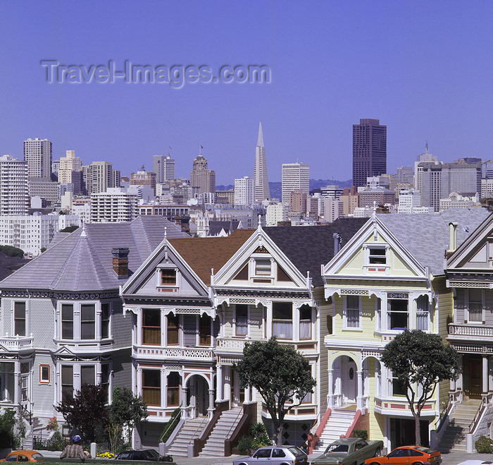 usa977: USA - San Francisco (California): old houses and skyline - photo by A.Bartel - (c) Travel-Images.com - Stock Photography agency - Image Bank