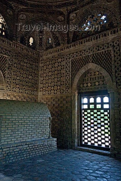 uzbekistan35: Ismael Samani Mausoleum, Bukhara, Uzbekistan - photo by A.Beaton  - (c) Travel-Images.com - Stock Photography agency - Image Bank