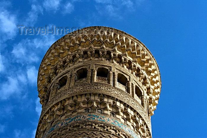uzbekistan54: Kalon Mosque Minaret, Bukhara, Uzbekistan - photo by A.Beaton  - (c) Travel-Images.com - Stock Photography agency - Image Bank