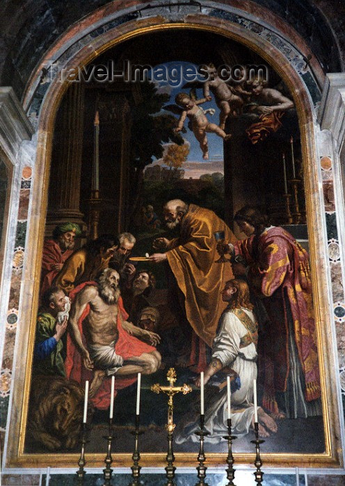 vatican20: Santa Sede - Vaticano - Roma - St Peter's Basilica: last rites (photo by Miguel Torres) - (c) Travel-Images.com - Stock Photography agency - Image Bank