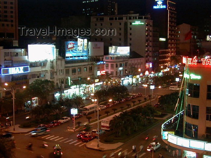 vietnam51: Vietnam - Ho Chi Minh city / Saigon: view from Rooftop Bar - Rex Hotel - photo by R.Ziff - (c) Travel-Images.com - Stock Photography agency - Image Bank