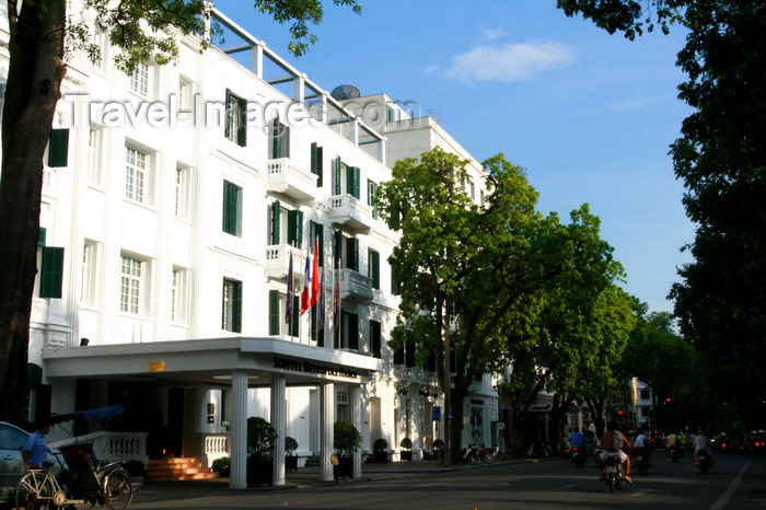 vietnam90: Hanoi - Vietnam - French colonial-style Sofitel Metropole Hanoi hotel - Ngo Quyen Street - photo by Tran Thai - (c) Travel-Images.com - Stock Photography agency - Image Bank