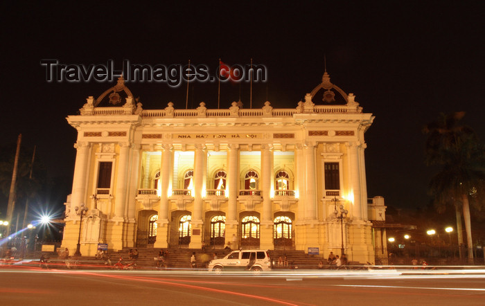 vietnam95: Hanoi - Vietnam - The Hanoi Opera House at night - Trang Tien Street - French architecture and typical Gothic and Mosaic characters reflected on the door domes and the glassed room respectively - the largest theatre in Vietnam - photo by Tran Thai - (c) Travel-Images.com - Stock Photography agency - Image Bank