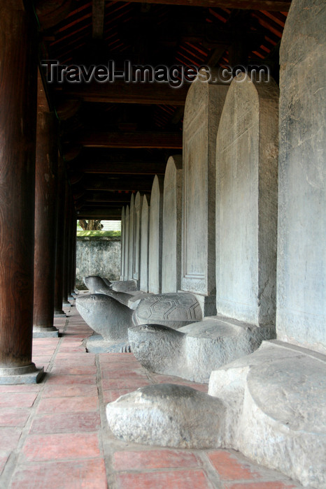vietnam98: Hanoi - Vietnam - Literature Temple - stone stelae engraved with the names of doctor laureates rest upon large stone tortoises - photo by Tran Thai - (c) Travel-Images.com - Stock Photography agency - Image Bank