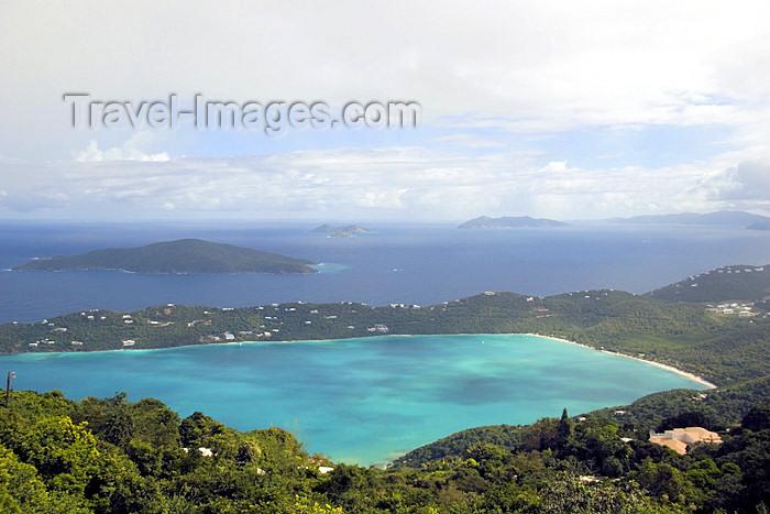 virgin-us36: US Virgin Islands - St. Thomas - Magens Bay and Lerkenlund bay - from Hull Bay road (photo by David Smith) - (c) Travel-Images.com - Stock Photography agency - Image Bank