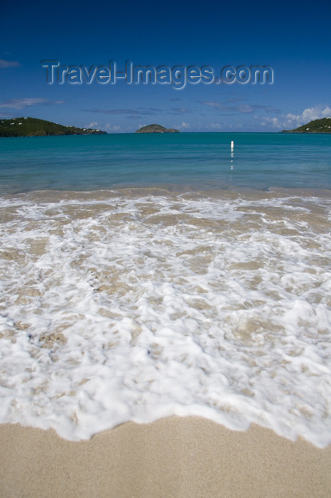 virgin-us46: US Virgin Islands - St. Thomas - Magens Bay: beach - surf (photo by David Smith) - (c) Travel-Images.com - Stock Photography agency - Image Bank