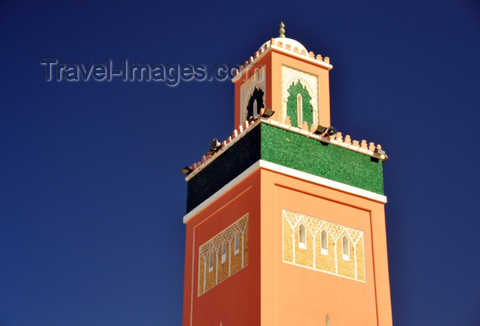 western-sahara105: Laâyoune / El Aaiun, Saguia el-Hamra, Western Sahara: minaret and sky - Moulay Abdel Aziz Great Mosque - photo by M.Torres - (c) Travel-Images.com - Stock Photography agency - Image Bank