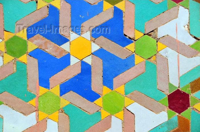 western-sahara115: Laâyoune / El Aaiun, Saguia el-Hamra, Western Sahara: Place du Mechouar - terra cotta geometrical mosaics covered with enamel - tiles on a tower base - photo by M.Torres - (c) Travel-Images.com - Stock Photography agency - Image Bank