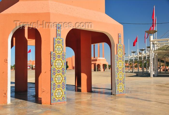 western-sahara122: Laâyoune / El Aaiun, Saguia el-Hamra, Western Sahara: tower base at Place du Mechouar - photo by M.Torres - (c) Travel-Images.com - Stock Photography agency - Image Bank