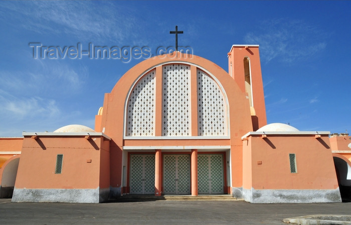 western-sahara130: Laâyoune / El Aaiun, Saguia el-Hamra, Western Sahara: Spanish Cathedral - photo by M.Torres - (c) Travel-Images.com - Stock Photography agency - Image Bank