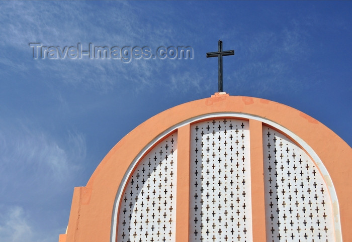 western-sahara134: Laâyoune / El Aaiun, Saguia el-Hamra, Western Sahara: Spanish Cathedral - Catholic cross and sky - photo by M.Torres - (c) Travel-Images.com - Stock Photography agency - Image Bank