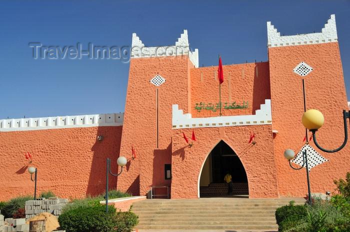 western-sahara14: Laâyoune / El Aaiun, Saguia el-Hamra, Western Sahara: Court of First Instance - Palais de Justice - photo by M.Torres - (c) Travel-Images.com - Stock Photography agency - Image Bank