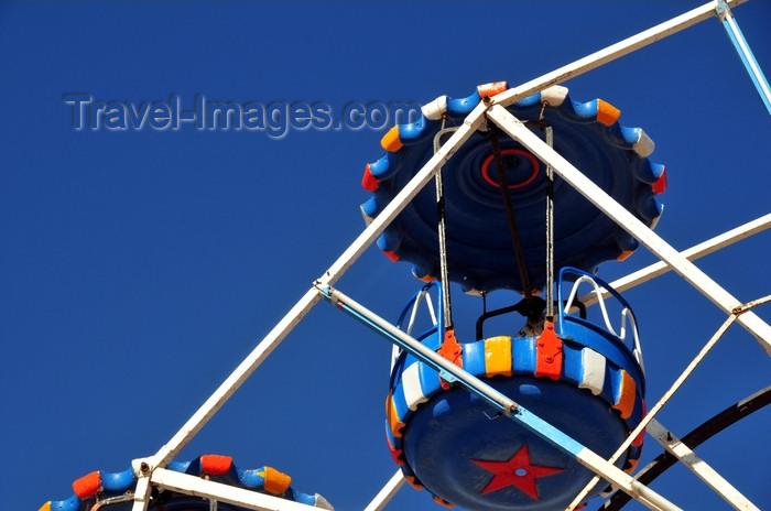 western-sahara28: Laâyoune / El Aaiun, Saguia el-Hamra, Western Sahara: Ferris wheel - gondola detail - Place Oum Saad - photo by M.Torres - (c) Travel-Images.com - Stock Photography agency - Image Bank