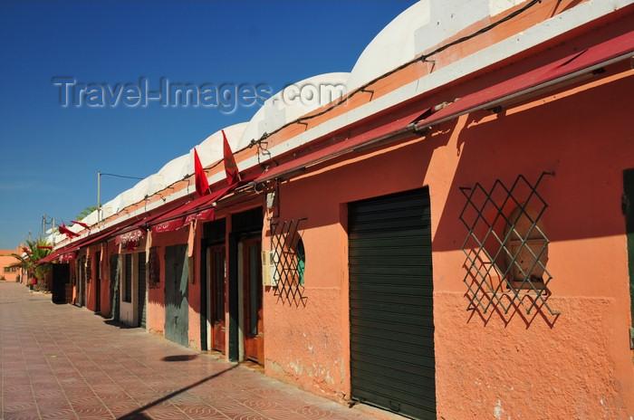 western-sahara62: Laâyoune / El Aaiun, Saguia el-Hamra, Western Sahara: artisans center - complexe artisanal - Blvd de Mekka - photo by M.Torres - (c) Travel-Images.com - Stock Photography agency - Image Bank