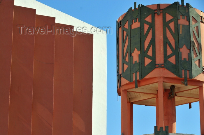 western-sahara63: Laâyoune / El Aaiun, Saguia el-Hamra, Western Sahara: Spanish water tower and Moroccan office building - Blvd de Mekka - photo by M.Torres - (c) Travel-Images.com - Stock Photography agency - Image Bank