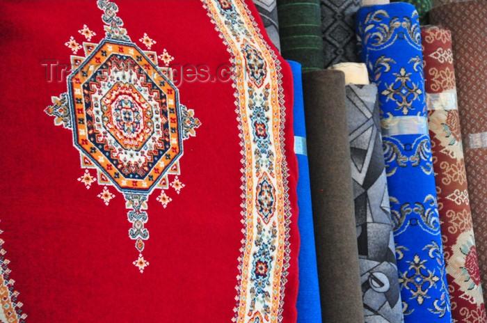 western-sahara69: Laâyoune / El Aaiun, Saguia el-Hamra, Western Sahara: carpets - Blvd de Mekka - photo by M.Torres - (c) Travel-Images.com - Stock Photography agency - Image Bank