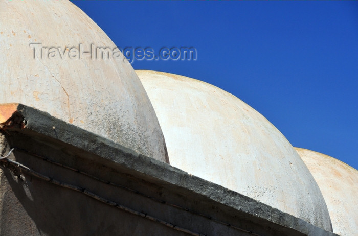 western-sahara87: Laâyoune / El Aaiun, Saguia el-Hamra, Western Sahara: white domes - Colonial district - photo by M.Torres - (c) Travel-Images.com - Stock Photography agency - Image Bank