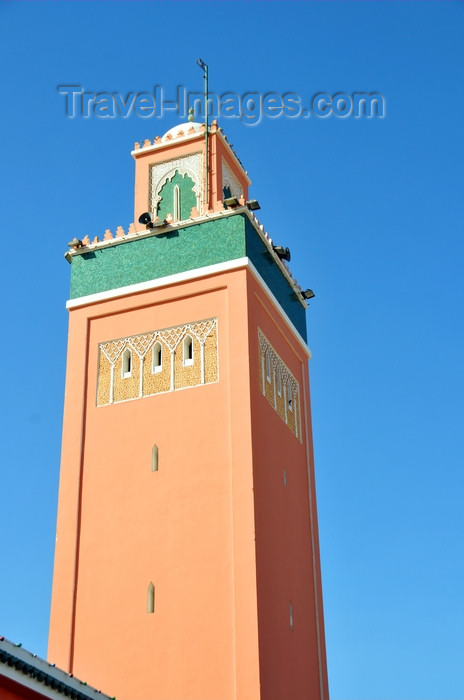 western-sahara90: Laâyoune / El Aaiun, Saguia el-Hamra, Western Sahara: minaret of Moulay Abdel Aziz Great Mosque - photo by M.Torres - (c) Travel-Images.com - Stock Photography agency - Image Bank