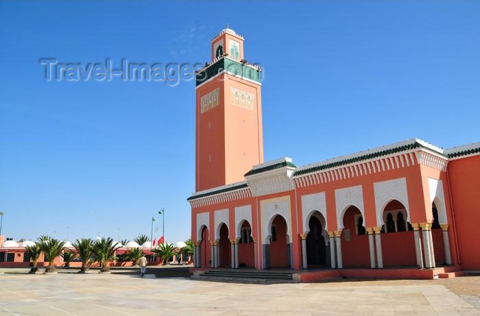 western-sahara92: Laâyoune / El Aaiun, Saguia el-Hamra, Western Sahara: Moulay Abdel Aziz Great Mosque - Friday mosque - Maliki madhab - photo by M.Torres - (c) Travel-Images.com - Stock Photography agency - Image Bank