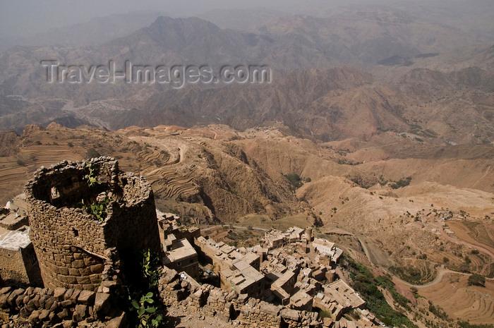 yemen110: Kohlan / Quhlan, Qohlan, Hajjah governorate, Yemen: view from Kohlan citadel - photo by J.Pemberton - (c) Travel-Images.com - Stock Photography agency - Image Bank