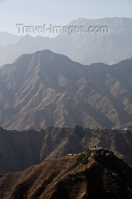 yemen114: Hajjah governorate, Yemen: mountains and two villages seen from Hajjah - photo by J.Pemberton - (c) Travel-Images.com - Stock Photography agency - Image Bank