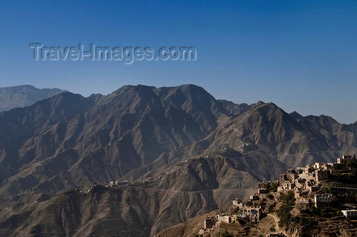yemen116: Hajjah, Yemen: view of the mountains from Hajjah citadel - photo by J.Pemberton - (c) Travel-Images.com - Stock Photography agency - Image Bank