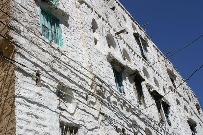 yemen30: Yemen - Jibla - Ibb Governorate - white facade - photo by E.Andersen - (c) Travel-Images.com - Stock Photography agency - Image Bank