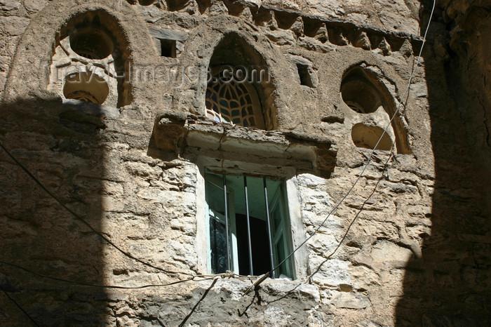 yemen31: Yemen - Jibla - Ibb Governorate - window - photo by E.Andersen - (c) Travel-Images.com - Stock Photography agency - Image Bank