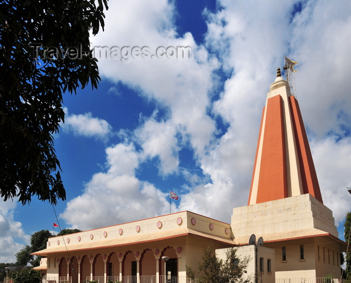 zambia30: Lusaka, Zambia: Hindu Temple - Mandir dedicated to Lord Radha Krishna - Independence Avenue - photo by M.Torres - (c) Travel-Images.com - Stock Photography agency - Image Bank