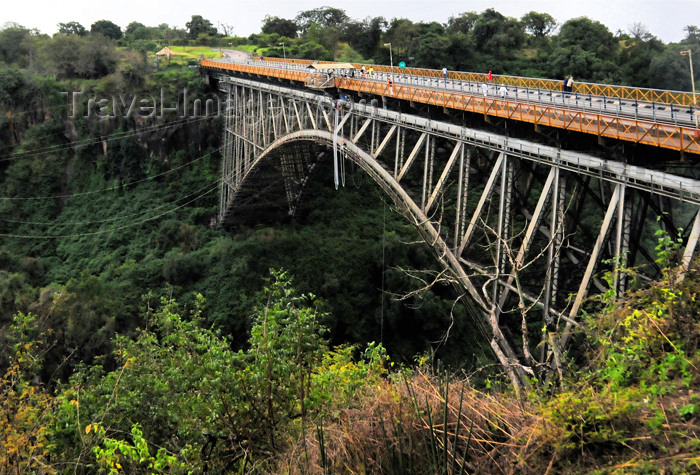 zambia4: Victoria Falls, Zambia: international bridge spanning the Zambezi river - steel truss - photo by M.Torres - (c) Travel-Images.com - Stock Photography agency - Image Bank