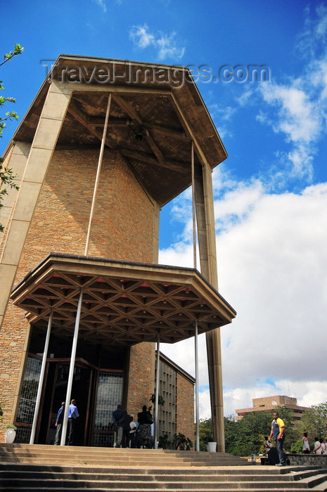 zambia7: Lusaka, Zambia: Anglican Cathedral of the Holy Cross - austere modernist architecture - Independence Avenue and Chikwa Road, entrance via Suez Road -  the foundation-stone was laid by the late Queen mother - photo by M.Torres - (c) Travel-Images.com - Stock Photography agency - Image Bank