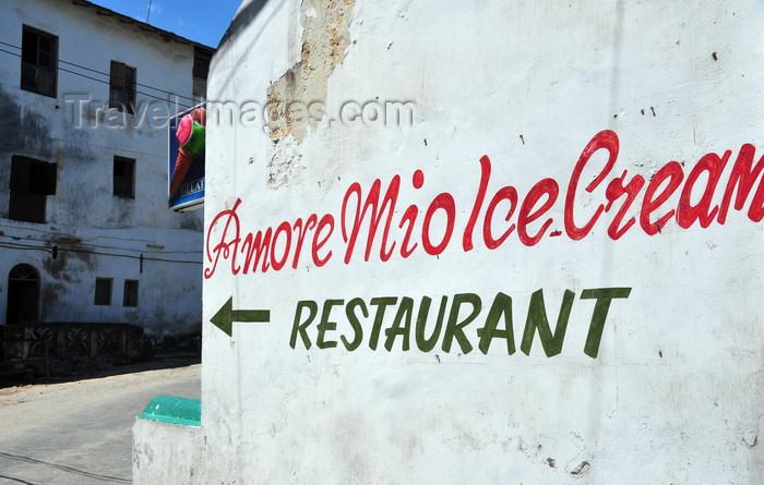 zanzibar104: Stone Town, Zanzibar, Tanzania: 'Amore Mio' ice cream restaurant - Shangani - photo by M.Torres - (c) Travel-Images.com - Stock Photography agency - Image Bank