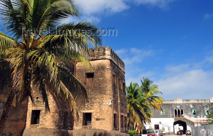zanzibar11: Stone Town, Zanzibar, Tanzania: Old fort and Mizingani Road - Omani fort - Ngome Kongwe - photo by M.Torres - (c) Travel-Images.com - Stock Photography agency - Image Bank