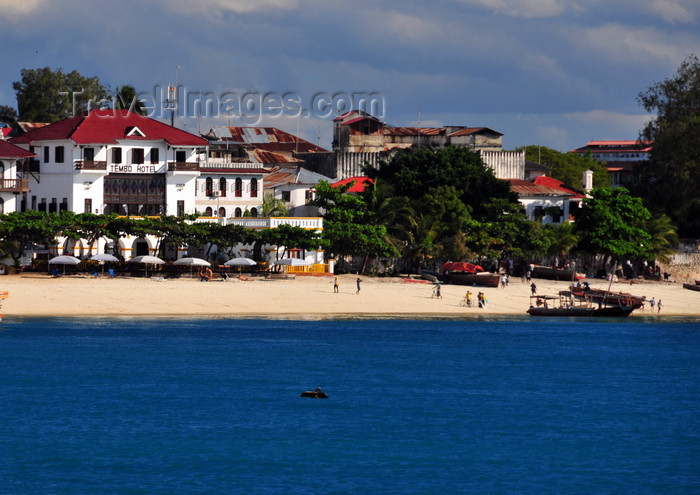 zanzibar115: Stone Town, Zanzibar, Tanzania: Tembo hotel and its beach seen from the ocean - Shangani - photo by M.Torres - (c) Travel-Images.com - Stock Photography agency - Image Bank