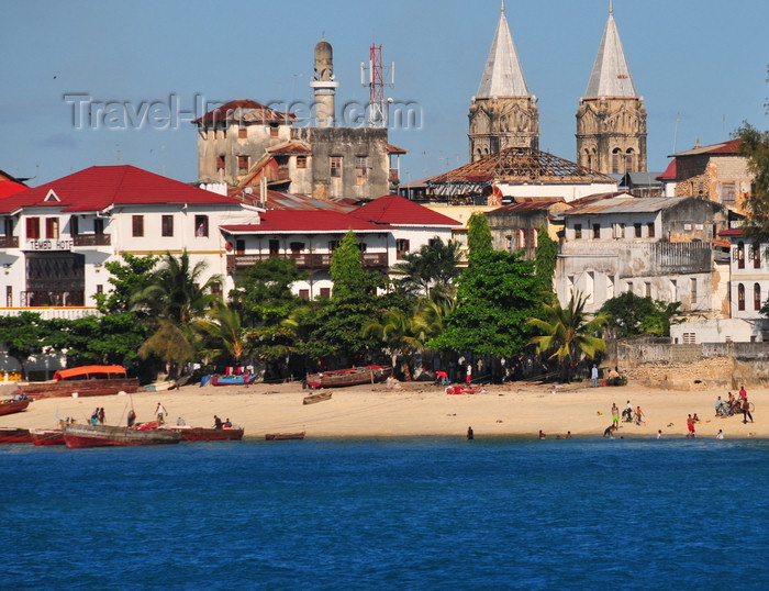 zanzibar118: Stone Town, Zanzibar, Tanzania: beach, Tembo hotel and the twin spires of St. Joseph's Cathedral - Shangani - photo by M.Torres - (c) Travel-Images.com - Stock Photography agency - Image Bank