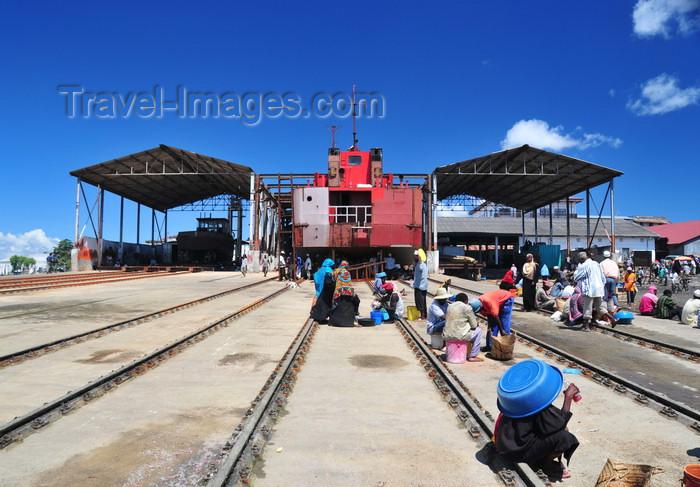 zanzibar135: Stone Town, Zanzibar / Unguja, Tanzania: small shipyard - rails, sheds and barge - Malindi area - photo by M.Torres - (c) Travel-Images.com - Stock Photography agency - Image Bank