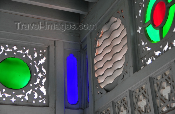 zanzibar140: Stone Town / Mji Mkongwe, Zanzibar, Tanzania: Old Dispensary - Stone Town Cultural Centre - glass and wood - photo by M.Torres - (c) Travel-Images.com - Stock Photography agency - Image Bank