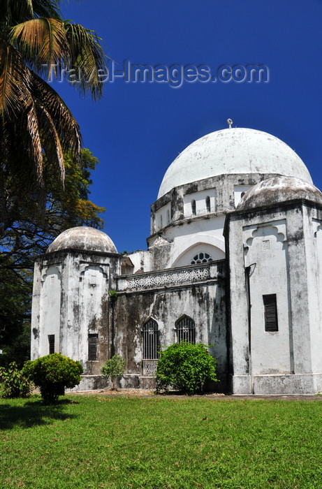 zanzibar163: Stone Town, Zanzibar, Tanzania: Peace Memorial Museum - designed by British Resident J.H. Sinclair - Beit Al-Amani - Benjamin Mkapa road - photo by M.Torres - (c) Travel-Images.com - Stock Photography agency - Image Bank