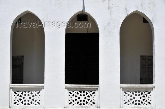 zanzibar170: Stone Town, Zanzibar, Tanzania: Peace Memorial Museum - verandah - Beit Al-Amani - Benjamin Mkapa road - photo by M.Torres - (c) Travel-Images.com - Stock Photography agency - Image Bank
