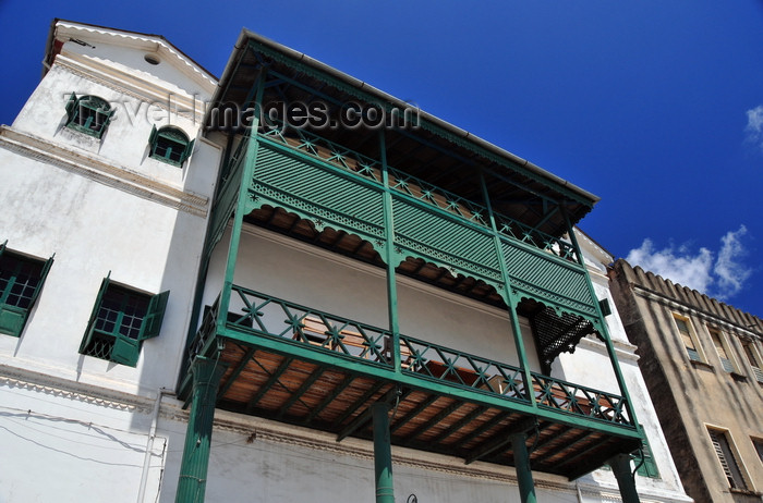 zanzibar62: Stone Town, Zanzibar, Tanzania: Old Customs house, now housing the Zanzibar Conservation Centre and the Dhow Countries Music Academy, Mzingani road - photo by M.Torres - (c) Travel-Images.com - Stock Photography agency - Image Bank