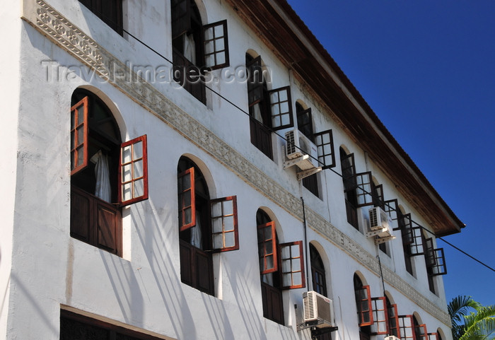 zanzibar92: Stone Town, Zanzibar, Tanzania: Abuso Inn, a traditional hotel in Shangani street - photo by M.Torres - (c) Travel-Images.com - Stock Photography agency - Image Bank