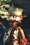 Papua New Guinea - Panaete Island - Louisiade Archipelago: woman carrying basket (photo by G.Frysinger)